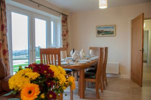 Finn Cottage dining room