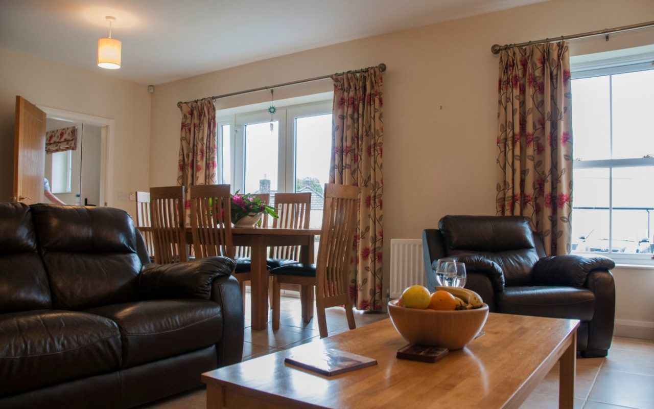 Foyle Cottage Dining Space