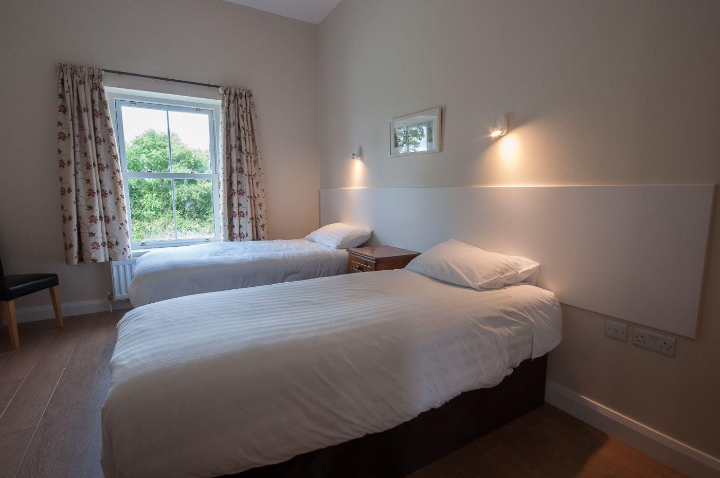Foyle Cottage bedroom 1